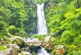 海外旅行社最新南昌到五龙潭,五龙潭瀑布群旅游行程