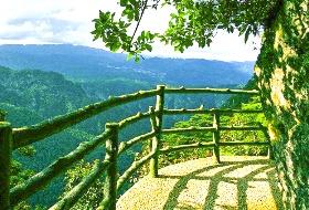 海外旅行社最新南昌到井冈·笔架山索道旅游,绿色生态景区,雾松奇景、井冈漂流、杜鹃花观赏